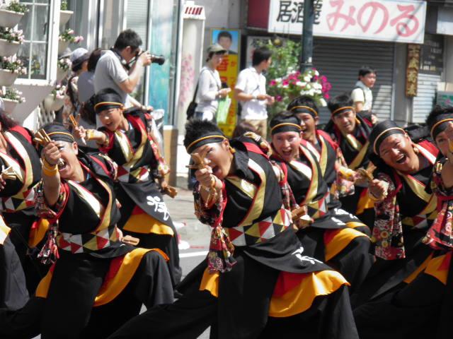 炎〜HOMURA〜(千歳市)より地元のみなさんがよさこいに参加するお祭りへと進化するといいですね