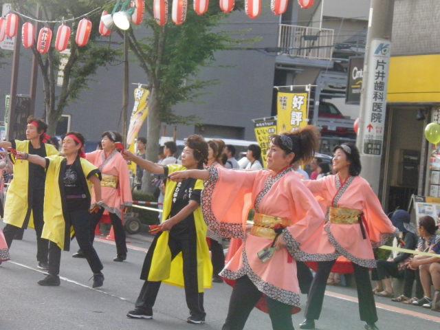 彩の国Y&Y(越谷市)この会場でよさこいとサンバが交互に披露されました