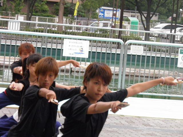関東学生連合「鉄」(東京都) 第3ステージのバックが釣堀とはユニーク