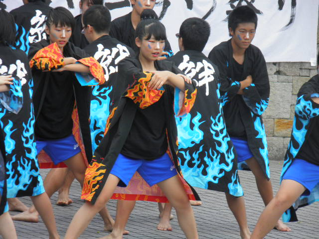 江戸川区立小岩第四中学校黒法被隊(江戸川区)地元にもっと根ざしたお祭りになりますように